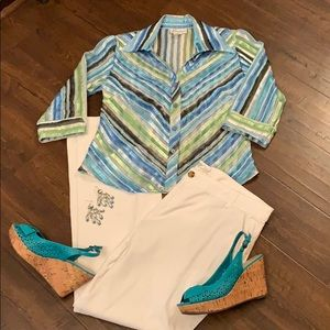 3/$25 gorgeous sheer striped top